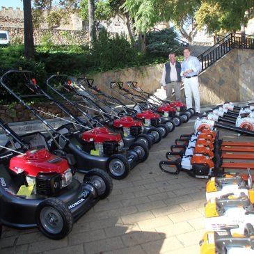 de los parques y jardines del municipio El Ayuntamiento adquiere nueva maquinaria ligera