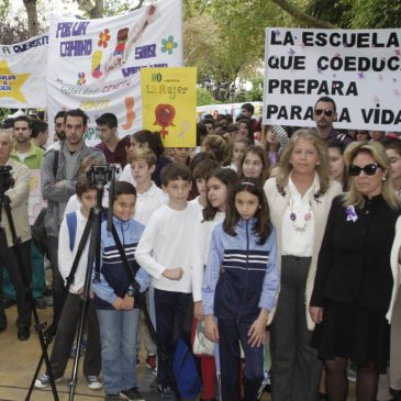 """por """"la educación en igualdad para prevenir cualquier tipo de violencia hacia la mujer"""""""