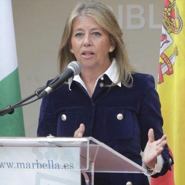 La alcaldesa destaca que el año 2014 ha estado marcado por el crecimiento, la reactivación económica y la apuesta por el empleo