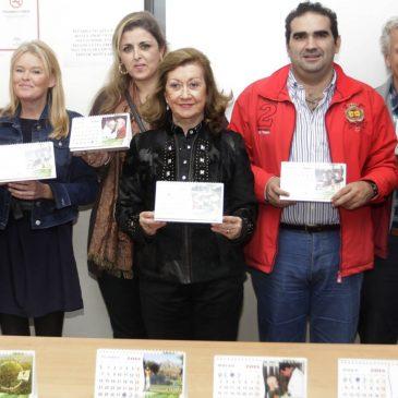 El delegado municipal de Bienestar Social, Manuel Cardeña, ha presentado hoy el calandario solidario de Rimesa