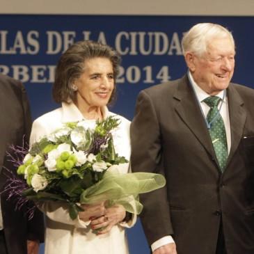 MEDALLA DE LA CIUDAD PARA D. FRANCISCO GÓMEZ Y D. JUAN DEL RIO