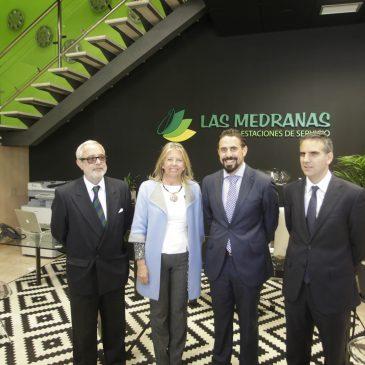 Ángeles Muñoz, ha asistido hoy a la inuguración de la nueva sede de Estaciones de Servicio Las Medranas