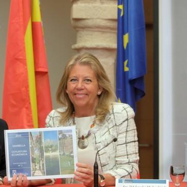 """La alcaldesa subraya que el último informe de coyuntura económica """"demuestra que la recuperación económica de la ciudad es una realidad"""""""