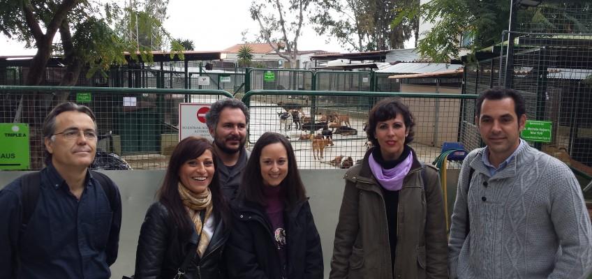IU propone más apoyo municipal al refugio de animales de la Triple A y campañas de concienciación contra el abandono