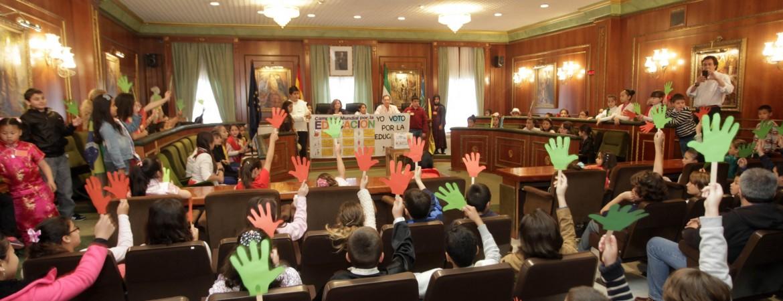 El Ayuntamiento celebra un acto con estudiantes del Colegio Nª Sª del Carmen dentro de la Semana de Acción Mundial por la Educación
