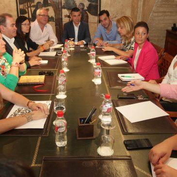 José Bernal aprueba la composición de las delegaciones municipales del Ayuntamiento