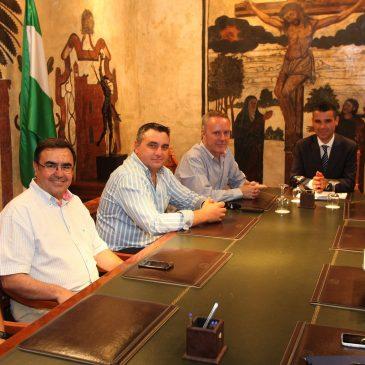 El Ayuntamiento de Marbella solicitará a la concesionaria del puerto de La Bajadilla que agilice el dragado de la bocana