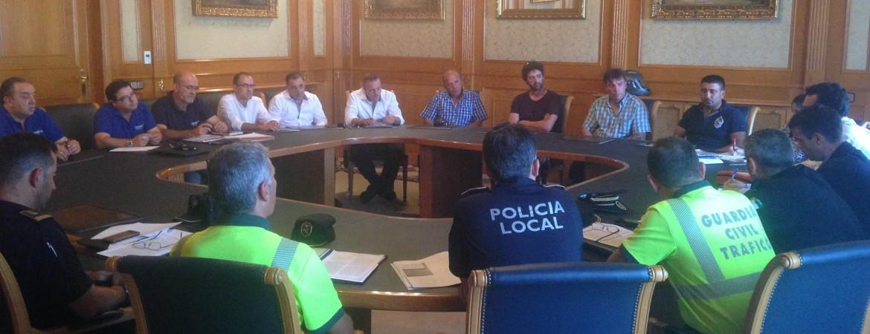 El Ayuntamiento estudia aplicar normativas más drásticas para acabar con el intrusismo en el sector del taxi