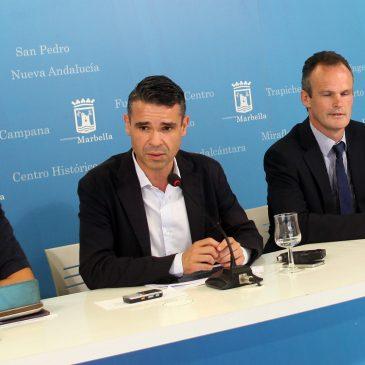 El alcalde recibe la propuesta de crear en Marbella unas instalaciones únicas en Europa para el fomento del deporte gaélico