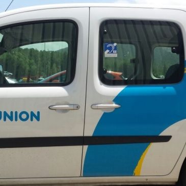 ILUNION incorpora bucles magnéticos en turismos para  hacer más accesible la conducción a las personas sordas
