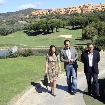 campaña #LasChapasapiedecalle contacta con el sector estratégico del turismo de golf