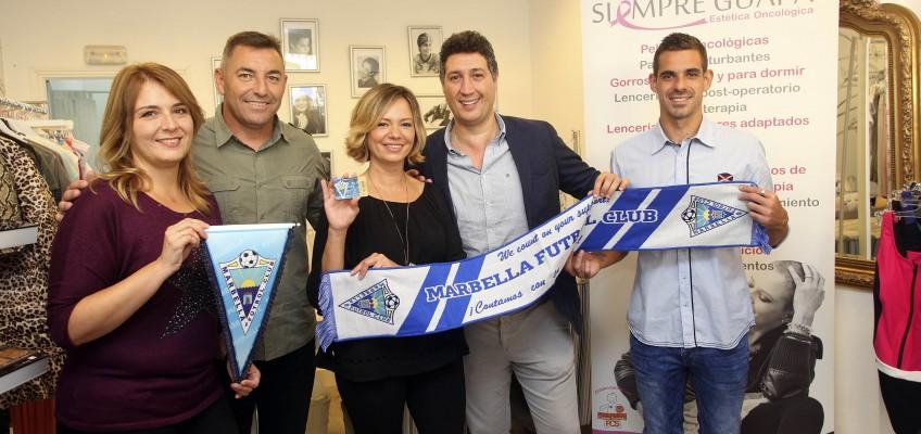 """El Marbella FC cierra un acuerdo de colaboración con la tienda oncológica """"Siempre Guapa"""""""