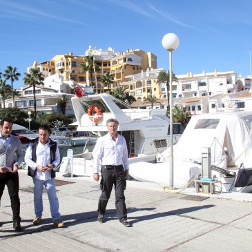 LasChapasaPiedeCalle se traslada al Puerto de Cabopino para conocer sus necesidades