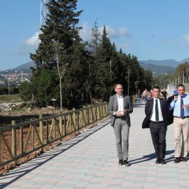El Ayuntamiento ultima la ejecución del Paseo Fluvial de Guadaiza que unirá Nueva Andalucía con el Paseo Marítimo