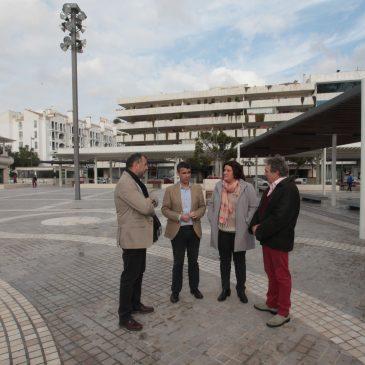 El Ayuntamiento finaliza la remodelación integral de la plaza Antonio Banderas de Puerto Banús