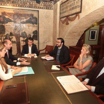 El Ayuntamiento pide a la Diputación de Málaga que respalde la creación de un centro asociado de la UNED en Marbella