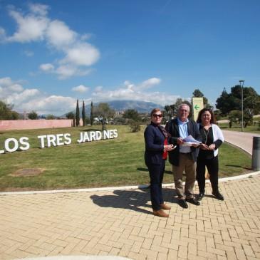 El Ayuntamiento asume las tareas de mantenimiento y conservación del Parque Los Tres Jardines que el anterior Equipo de Gobierno atribuía a la Junta de Andalucía