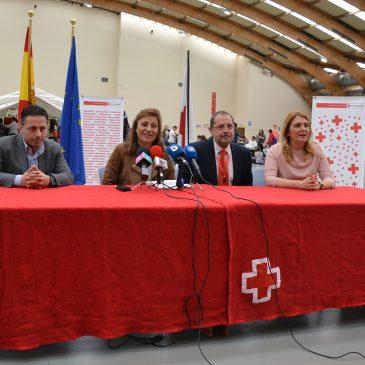 Cruz Roja muestra a la ciudadanía sus medios para atender situaciones de emergencia en unas jornadas de puertas abiertas