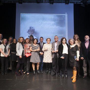 El Ayuntamiento reconoce la labor de los docentes en el Homenaje al Maestro 2016
