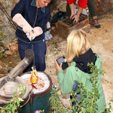 El OAL Arte y Cultura imparte este sábado un curso de cerámica al aire libre en la Playa El Cable