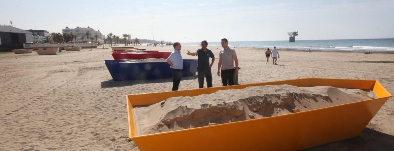 El Ayuntamiento habilitará 12 barcas de moragas en las playas de Marbella, San Pedro Alcántara y Las Chapas