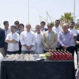El delegado municipal de Turismo, Javier Porcuna, ha asistido hoy a la presentación del IV Concurso Gastronómico 'Porsche Gourmet 2016', un certamen que se desarrollará en Marbella y en otras ciudades como Málaga, Granada, Sotogrande y Madrid.