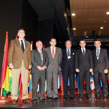 """El alcalde destaca la """"gran labor"""" de los cuerpos diplomáticos en la inauguración del II Foro Iberoamericano que se celebra hasta mañana en Marbella"""