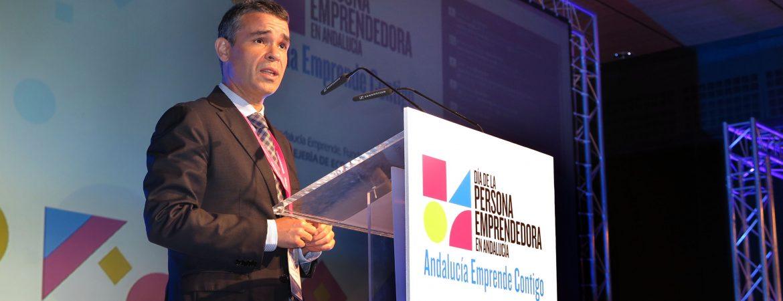 """El alcalde respalda el 'Día de la Persona Emprendedora' en Andalucía y subraya """"el esfuerzo de Marbella por el emprendimiento"""" con más de 1.400 m2 para vivero de empresas"""