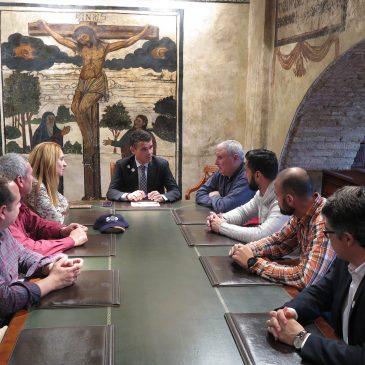 El Equipo de Gobierno llevará al Pleno una moción para que el Ministerio del Interior dote de más medios y más efectivos a la Comisaría de Policía Nacional de Marbella