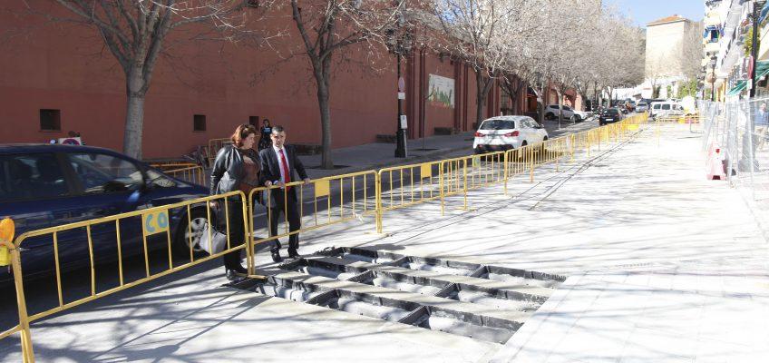 Actuaciones de mejora del saneamiento en la avenida del Mercado de Marbella