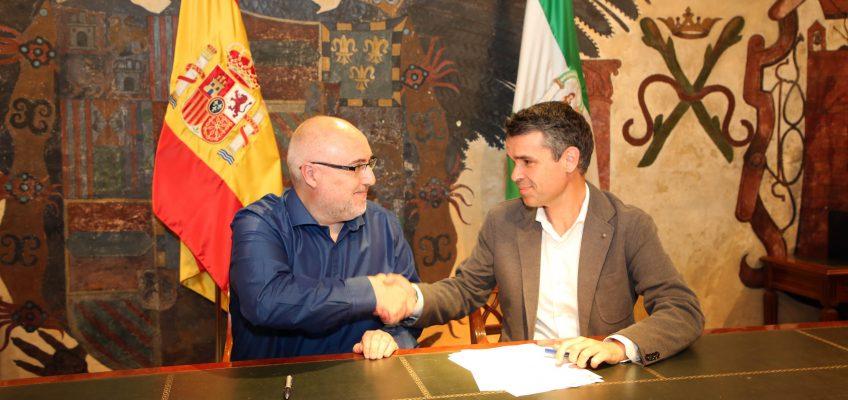 Marbella se convierte en la primera localidad de la provincia en adherirse a la Red de Municipios Orgullosos