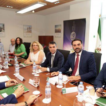 La Mesa del Turismo de Andalucía se reúne en Marbella para hacer balance y aborda cuestiones vitales del sector
