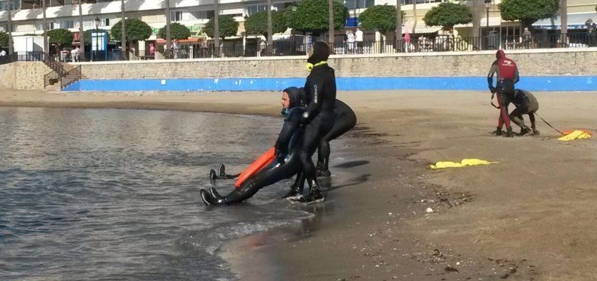 Bomberos de Marbella amplían su formación con un curso de rescate acuático