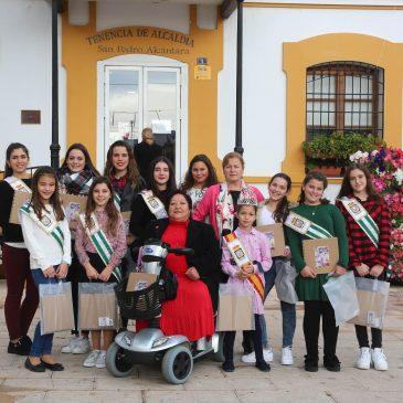 La Tenencia de Alcaldía de San Pedro Alcántara entrega un álbum fotográfico personalizado a las reinas, damas y pregonera de la Feria 2017