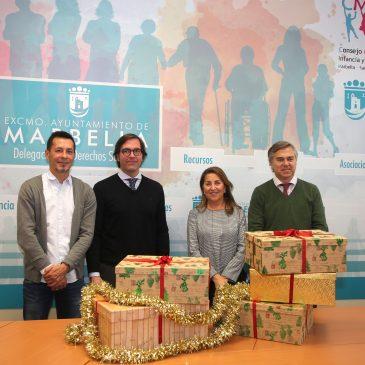 Derechos Sociales distribuirá entre familias necesitadas lotes de alimentos donados por el hotel Vincci Estrella del Mar para la cena de Nochevieja