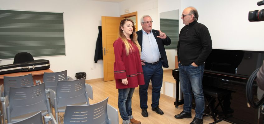 Inicio de las clases en las nuevas instalaciones de la escuela municipal de música