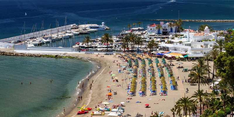El Ayuntamiento inicia los trabajos de refuerzo del muelle de levante del Puerto Deportivo de Marbella