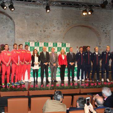 La alcaldesa destaca las excelencias de Marbella en el sorteo de los partidos de la Copa Davis