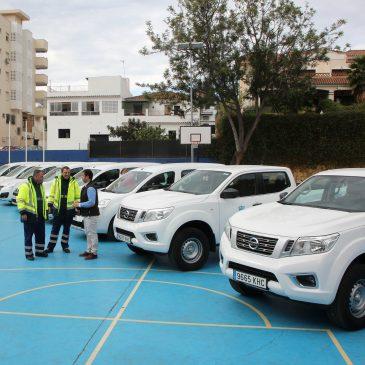 El Ayuntamiento amplía la flota de la delegación de Limpieza con ocho nuevos vehículos, dos de ellos destinados al servicio en las playas