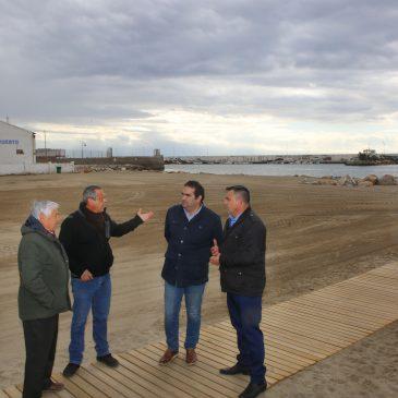 El Ayuntamiento y el sector pesquero reclaman a la Junta de Andalucía el dragado de la bocana del Puerto de La Bajadilla    El concejal de Playas, Manuel Cardeña, ha anunciado hoy que el Pleno someterá a aprobación una iniciativa instando a la APPA a que acometa el dragado