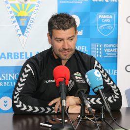 """Estévez: """"Vamos a tener un partido de trabajo y queremos que la afición nos arrope"""" Marbella"""