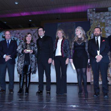 Los Premios Cofrades Ciudad de Marbella reconocen la labor de una veintena de personas y colectivos vinculados a la Semana Santa