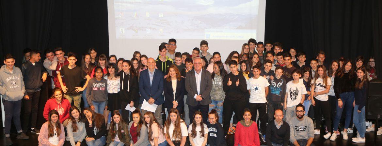 Más de un centenar de alumnos de Secundaria plantean propuestas de ocio a los responsables municipales en la reunión del Pleno del ÁGORA Juvenil