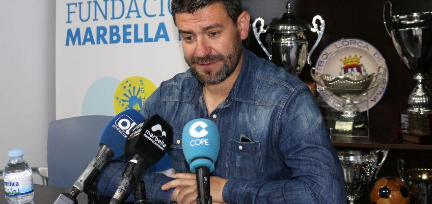 """Estévez: """"Queremos pelear ser primeros hasta el final porque multiplica las opciones de ascenso"""" Marbella"""