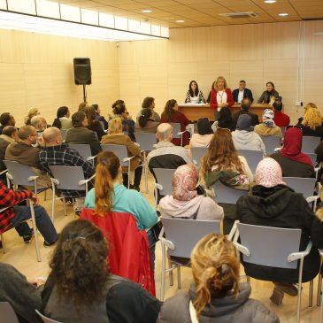 El Ayuntamiento mantiene una primera toma de contacto con los 120 seleccionados en el Programa Extraordinario de Ayuda a la Contratación