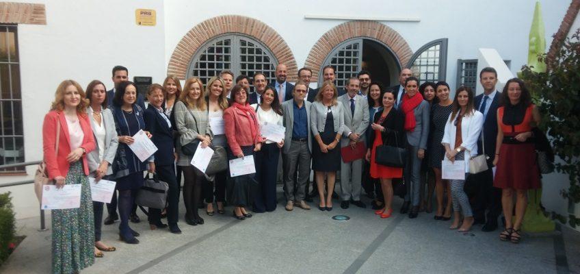 La alcaldesa destaca la apuesta por la formación en Marbella del Colegio de Abogados   La regidora ha asistido hoy a la entrega de diplomas del primer Curso de Experto en Derecho de Familia en el que han participado 25 letrados