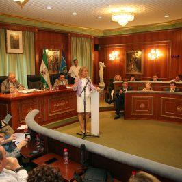 """La alcaldesa destaca que Marbella """"está mejor que hace un año, con mayores estándares de calidad en los servicios públicos y con un modelo de futuro definido"""""""