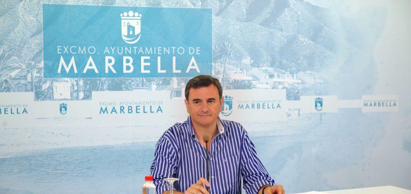 """El equipo de Gobierno lamenta la """"doble moral"""" de Bernal, que se negó a bajarse el sueldo por debajo de los 70.000 euros en plena crisis"""