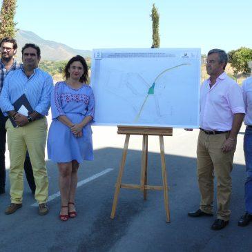 Acosol invertirá algo más de 1,1 millones de euros en reacondicionar la red de suministro de agua en la zona oeste de Estepona •La obra tiene un plazo de ejecución de tres meses y se realizará en la zona del nuevo Estadio de Atletismo