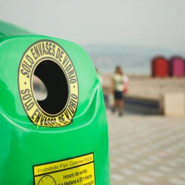 """Seis localidades de la Mancomunidad se unen al Plan Integral de Ecovidrio para incrementar el reciclado  •Más de 450 establecimientos hosteleros participarán en la campaña """"Toma nota, recicla vidrio""""  •Cada habitante de la Costa del Sol recicla de media 25 kilos de vidrio al año"""